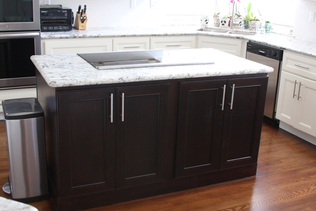 Scottsdale Remodeling Contractors Kitchen Cabinets & Countertops