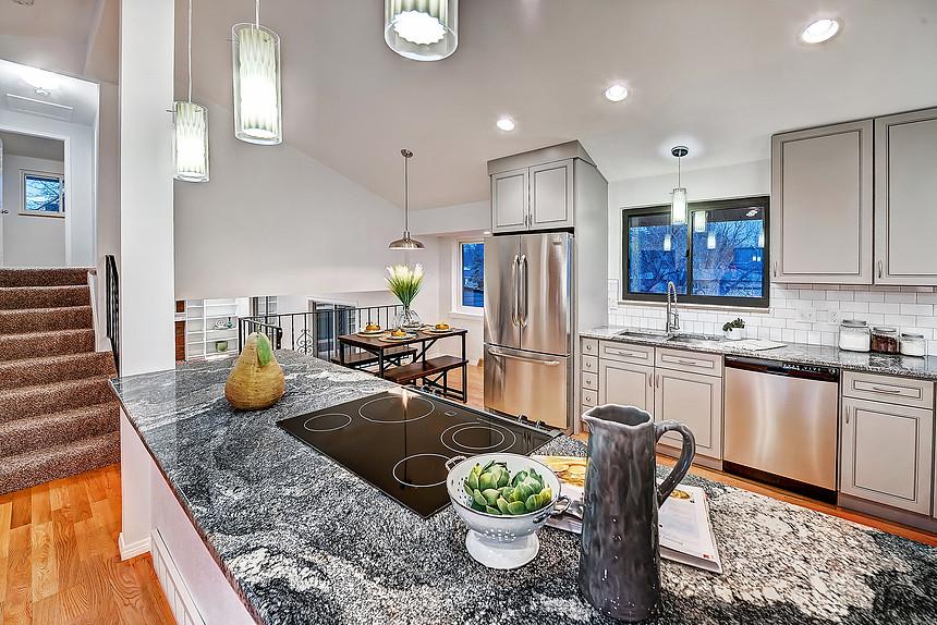 Kitchen & Bath Cabinets Vanities Showroom in Scottsdale AZ