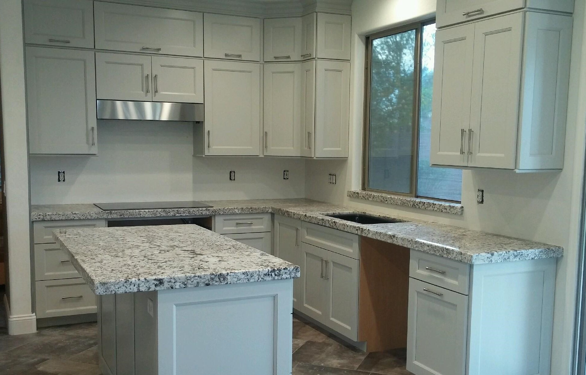 Kitchen Cabinets & Quartz Countertop Showroom in Scottsdale AZ